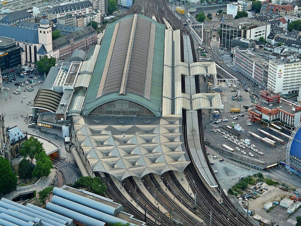 Dworzec Główny w Kolonii