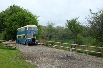 Dwupiętrowy bus