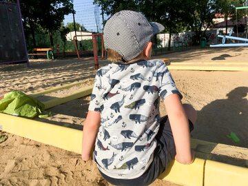 Dziecko na placu zabaw - zdjęcie ilustracyjne