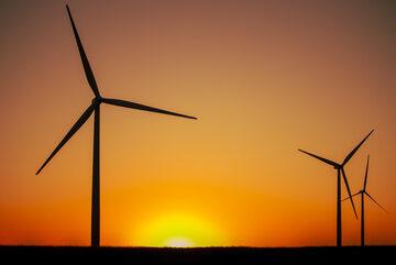 Elektrownia wiatrowa, zdjęcie ilustracyjne