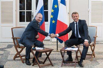 Emanuel Macron i Władimir Putin