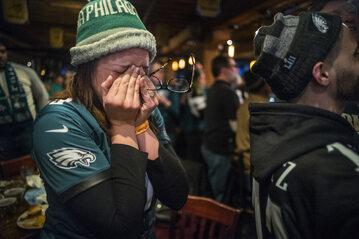 Fanka Philadelphia Eagles ciesząca się ze zwycięstwa