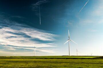 Farma wiatrowa – zdjęcie ilustracyjne