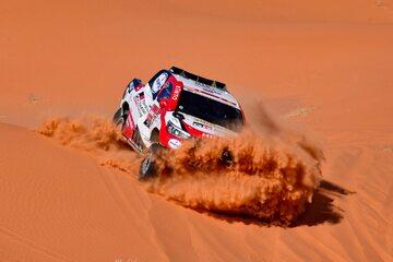 Fernando Alonso na odcinku Rajdu Dakar