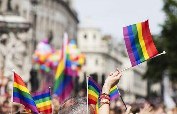 Flagi LGBT, zdjęcie ilustracyjne