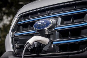 Ford E-Transit (samochód elektryczny)
