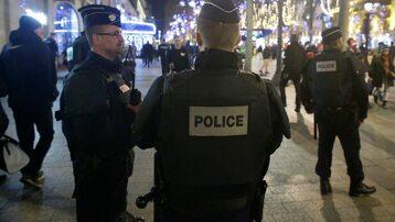 Francuska policja po zamachu