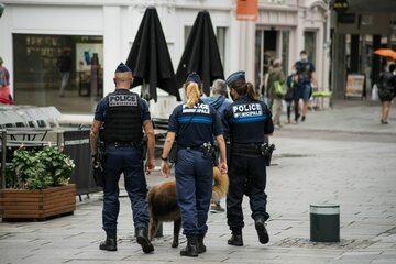 Francuska policja, zdj. ilustracyjne