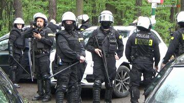 Funkcjonariusze podczas akcji w Zabrzu