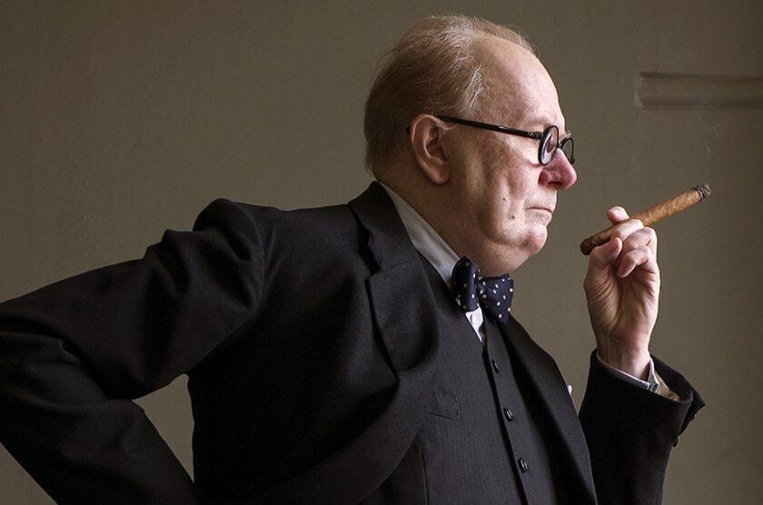 Gary Oldman jako Winston Churchill