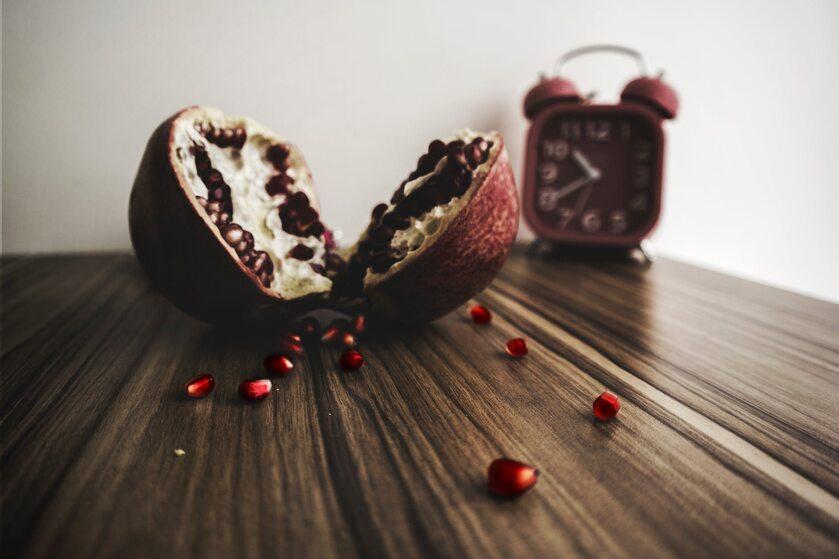 Granat i zegarek