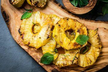Grillowane plastry ananasa