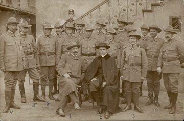 Grupa skautów z Wieliczki w 1913 lub 1914 roku