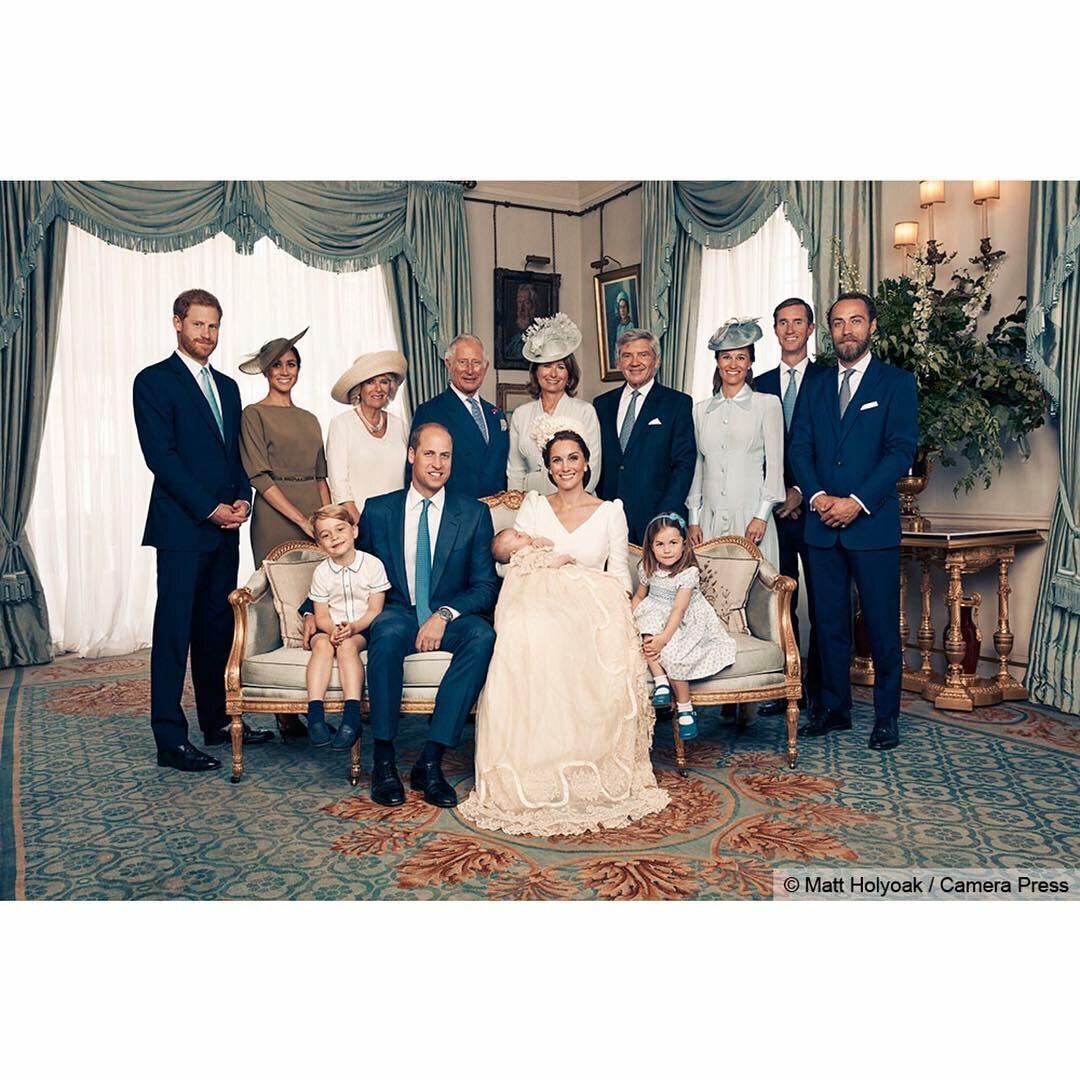 Grupowe zdjęcie brytyjskiej rodziny królewskiej