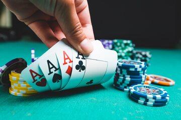 Hazard, poker