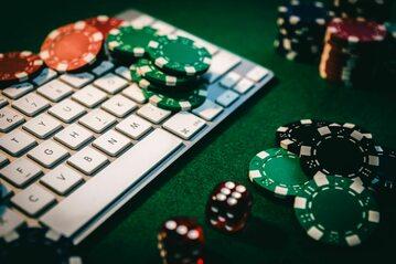 Hazard w sieci, zdj. ilustracyjne