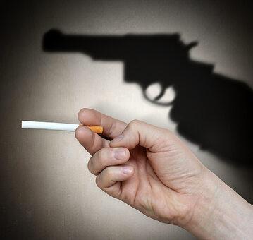 Hiszpańscy naukowcy odkryli, że palacze są bardziej skłonni do tego, by odebrać sobie życie.