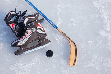 Hokej na lodzie, łyżwy