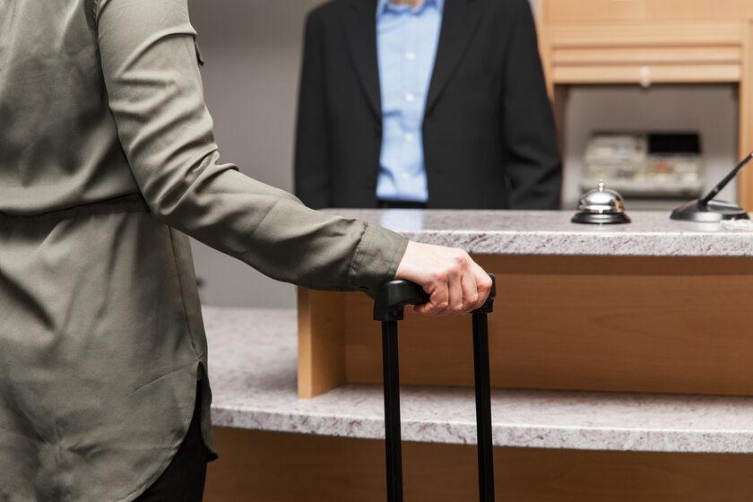 Hotelowa recepcja, zdjęcie ilustracyjne