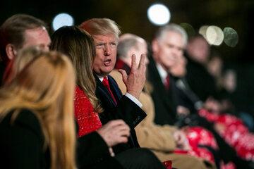 Impreza świąteczna w Białym Domu zainaugurowana przez Donalda Trumpa