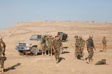 Irakijscy żołnierze podczas walki o Mosul