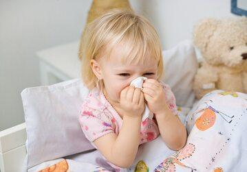 Jak radzić sobie z nawracającym przeziębieniem u dziecka?