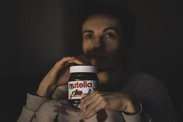 """Jak zrobić zdrową wersję """"Nutelli""""? Wegański przepis bez cukru"""