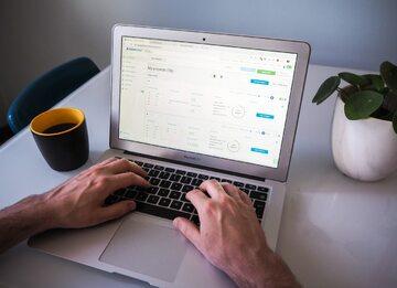 Jak zwiększyć sprzedaż, handlując w sieci?
