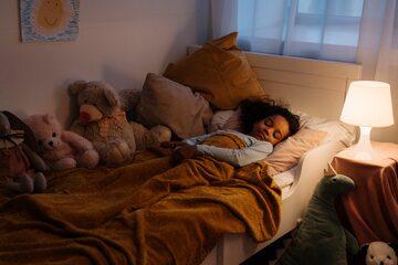Jaki wpływ na metabolizm ma rodzaj światła, przy którym zasypiamy?