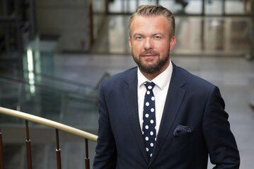 Jarosław Grzywiński to m.in były prezes GPW oraz były wiceprezes Rady Giełdy. Od lat jest związany z rynkiem kapitałowym
