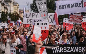 Jeden z protestów przed Sądem Najwyższym w obronie praworządności