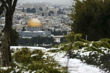 Jerozolima przykryta śniegiem