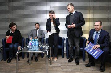Joanna Mucha, Rafał Trzaskowski, Agnieszka Pomaska, Sławomir Nitras i Cezary Tomczyk podczas  spotkania Platformy Obywatelskiej w ramach Klubu Obywatelskiego w Gdańsku.