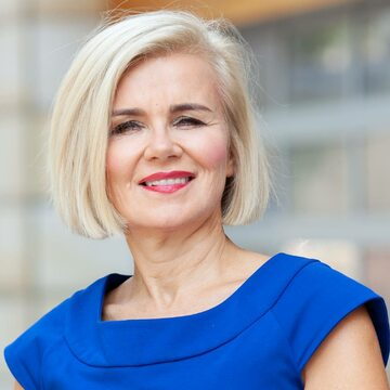 Joanna Staniszkis