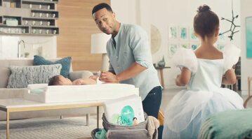 John Legend w reklamie Pampers