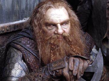 """John Rhys-Davies jako Gimli w filmie """"Władca pierścieni: Dwie wieże"""""""