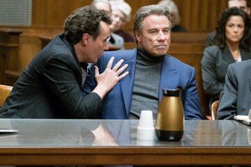 "John Travolta i Chris Kerson w filmie ""Gotti"" (2018)"