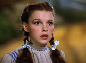 """Judy Garland w filmie """"Czarnoksiężnik z Oz"""" (1939)"""