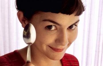 """Kadr z filmu """"Amelia"""" 2001"""