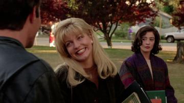 """Kadr z filmu """"Miasteczko Twin Peaks. Ogniu krocz ze mną"""""""