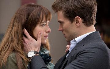 """Kadr z filmu """"Pięćdziesiąt twarzy Greya"""""""