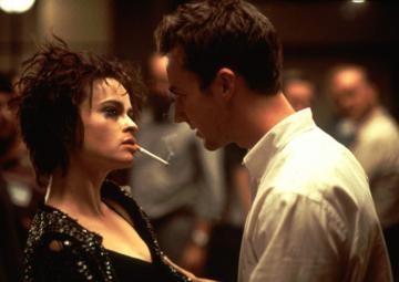 """Kadr z filmu """"Podziemny krąg"""" (1999)"""