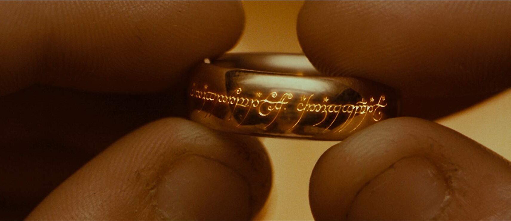 """Kadr z filmu """"Władca Pierścieni: Drużyna Pierścienia"""""""