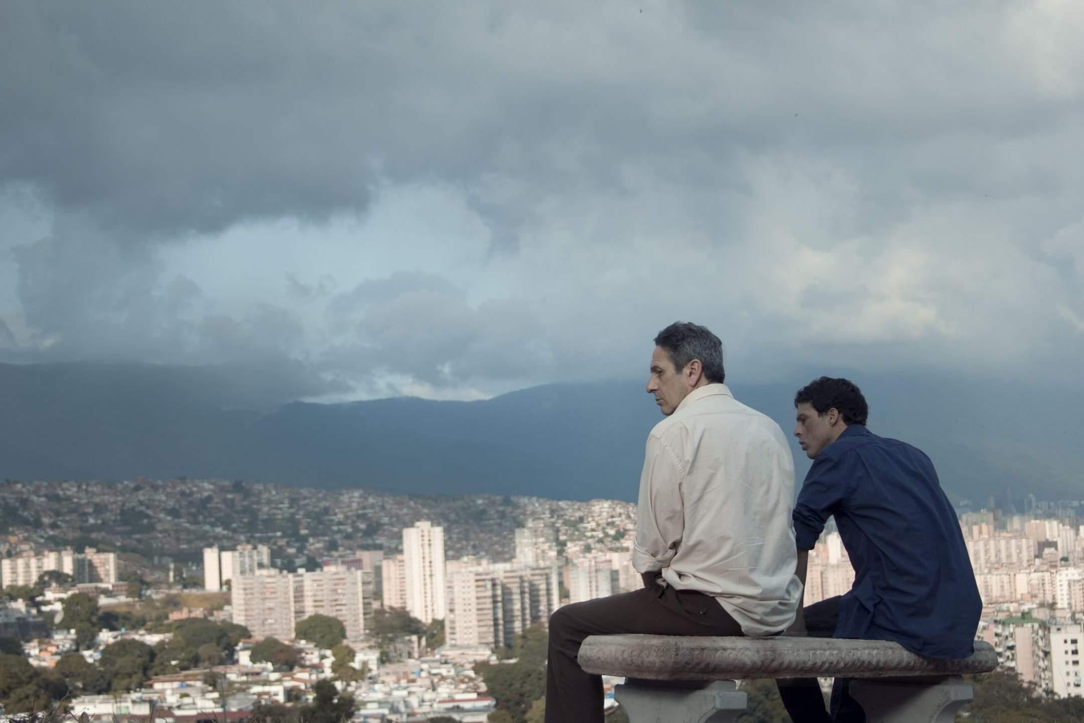 "Kadr z filmu ""Z daleka"" / ""Desde allá"" (2015)"