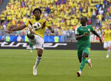 Kadr z meczu Senegal - Kolumbia
