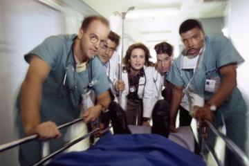 "Kadr z serialu ""Ostry dyżur"" (ang. ""ER"")"