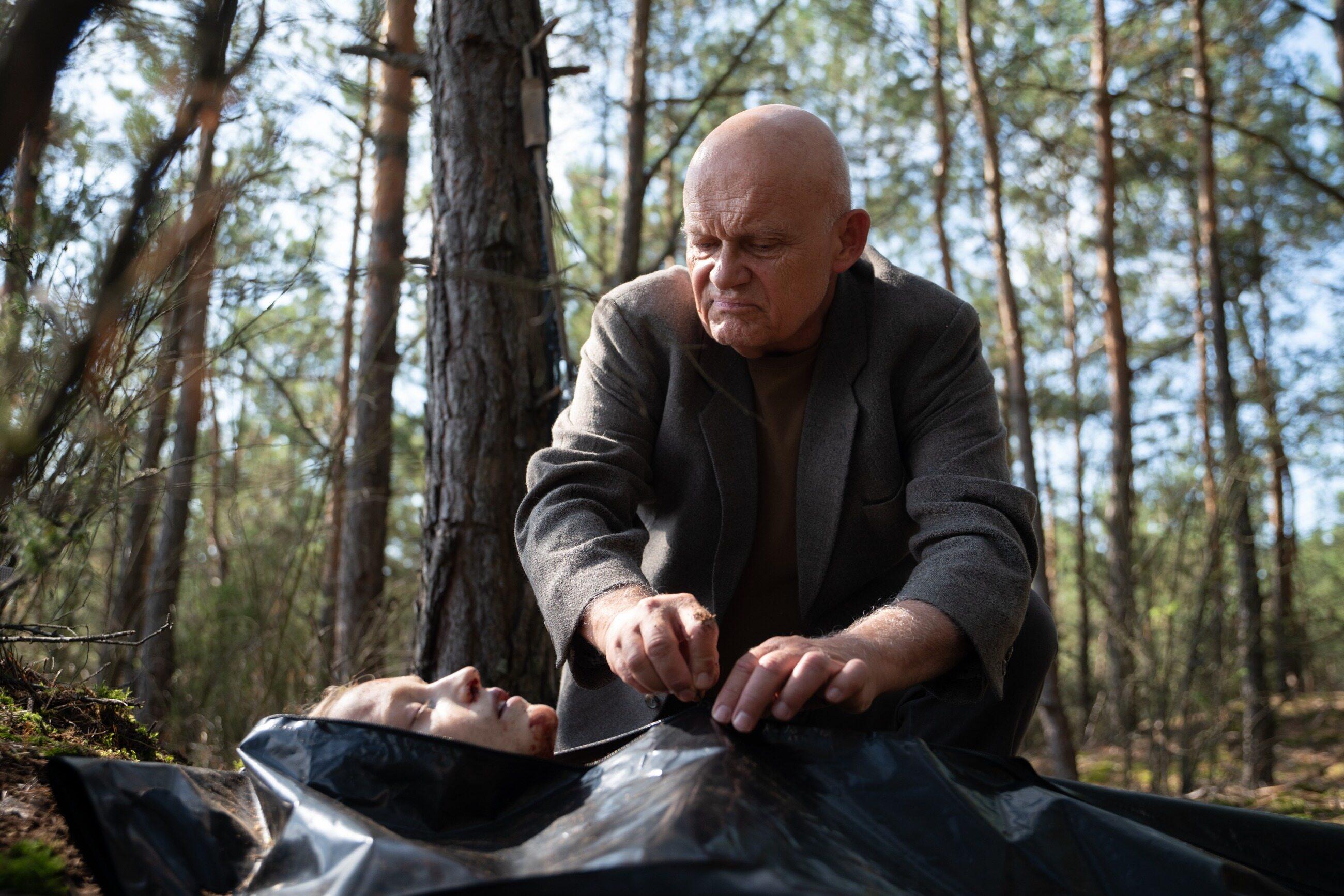 """Kadr z serialu """"W głębi lasu"""""""