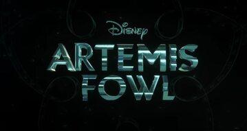 "Kadr z trailera filmu ""Artemis Fowl"""