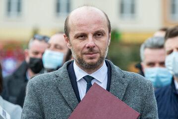 Kandydat opozycji Konrad Fijołek