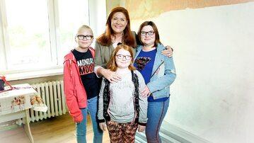 Katarzyna Dowbor i bohaterki programu